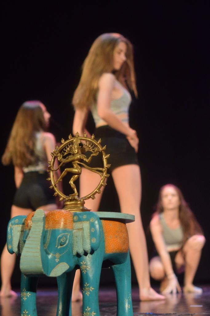 Shivadasi - Danza Moderna - Las Tablas, Madrid